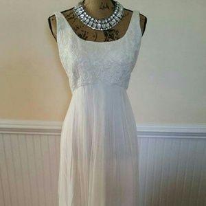 Cache ivory chiffon formal dress